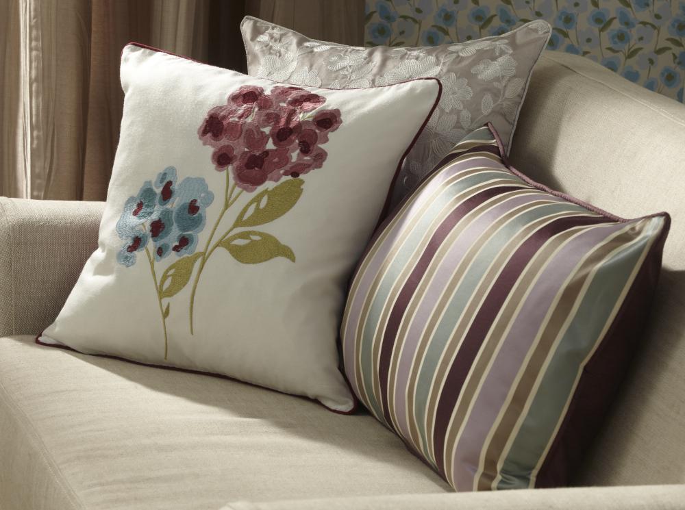 In_Bloom_Summer_Bright_Cushions_47x35